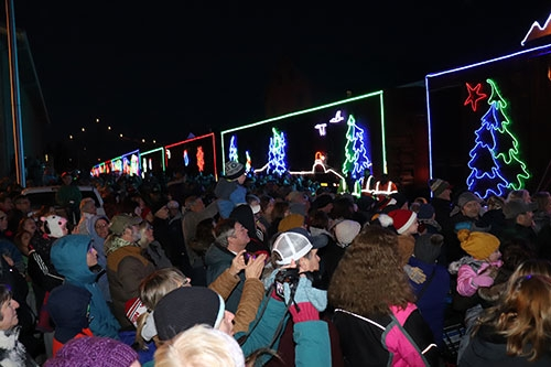 Large crowds greeted the Canadian Pacific Holiday Train at both its stops in Lansing and New Albin Sunday afternoon and evening, December 8, as...