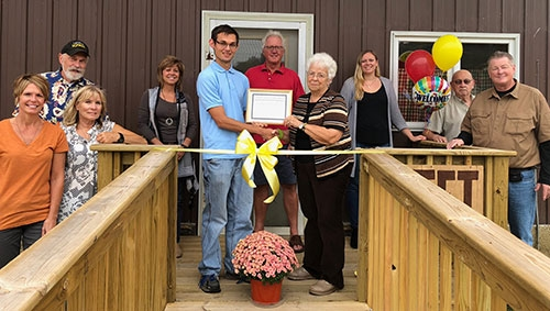 The Lansing Iowa Food Trust (LIFT) performed a ribbon cutting ceremony prior to opening its doors to the public Wednesday, October 3 in the office...